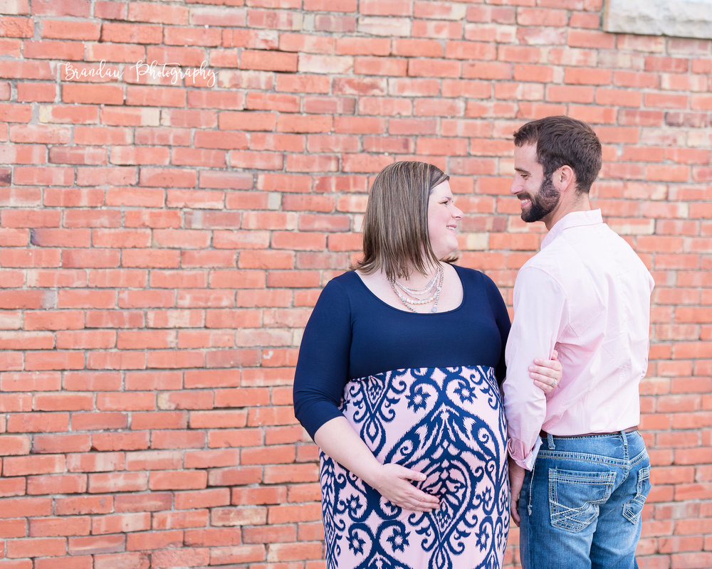Engagement Iowa Maternity_Brandau Photography-33.jpg