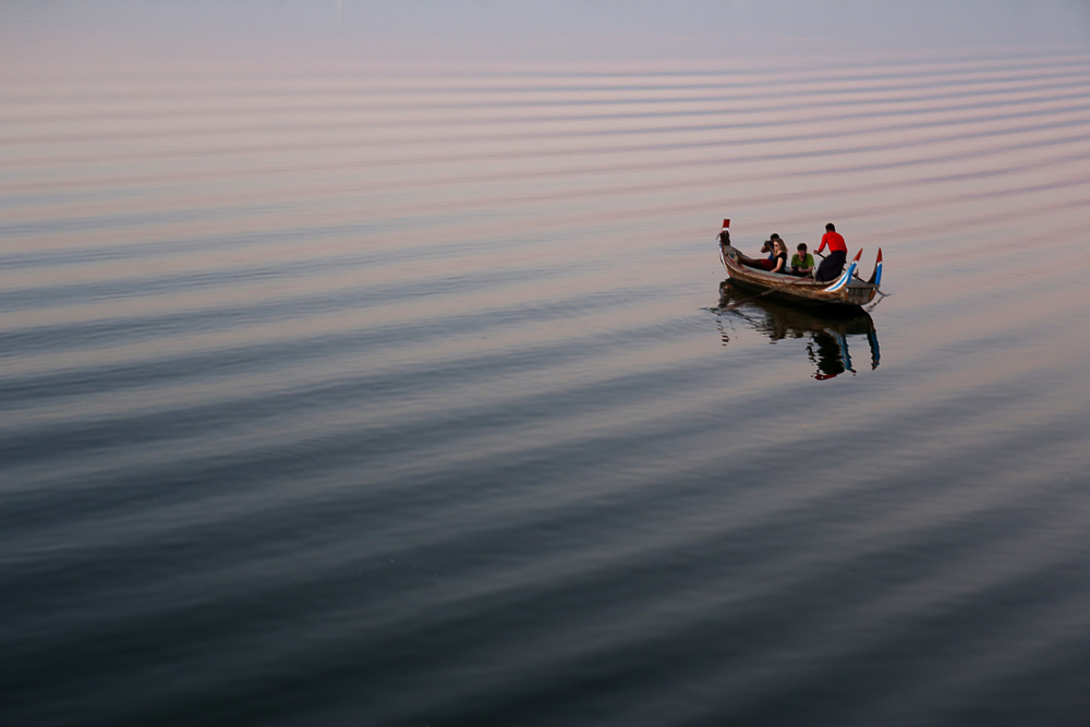 A sunset boat ride in Mandalay.