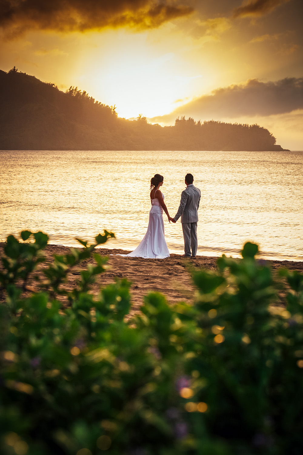 hanalei-sunset-wedding.jpg