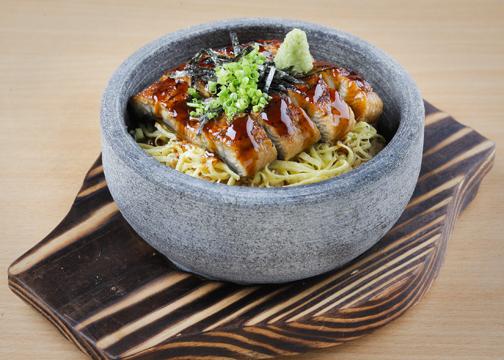 Eel Rice On Stone Pot
