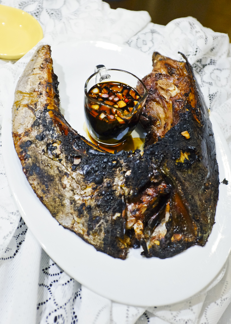 GRILLED PANGA (JAW) NG TUNA. Simply done, with fresh tuna from the market -- can't go wrong with that! Meat in all the nooks and crannies!