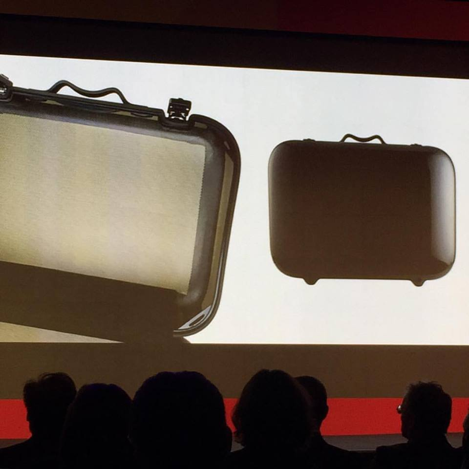 This is the world's lightest luggage - designed by   #RossLovegrove  for a UK luggage company. It's made of carbon and weighs 1.5 kilos. Yup. You read that right. So light so you can put a little more stuff. Amazing!