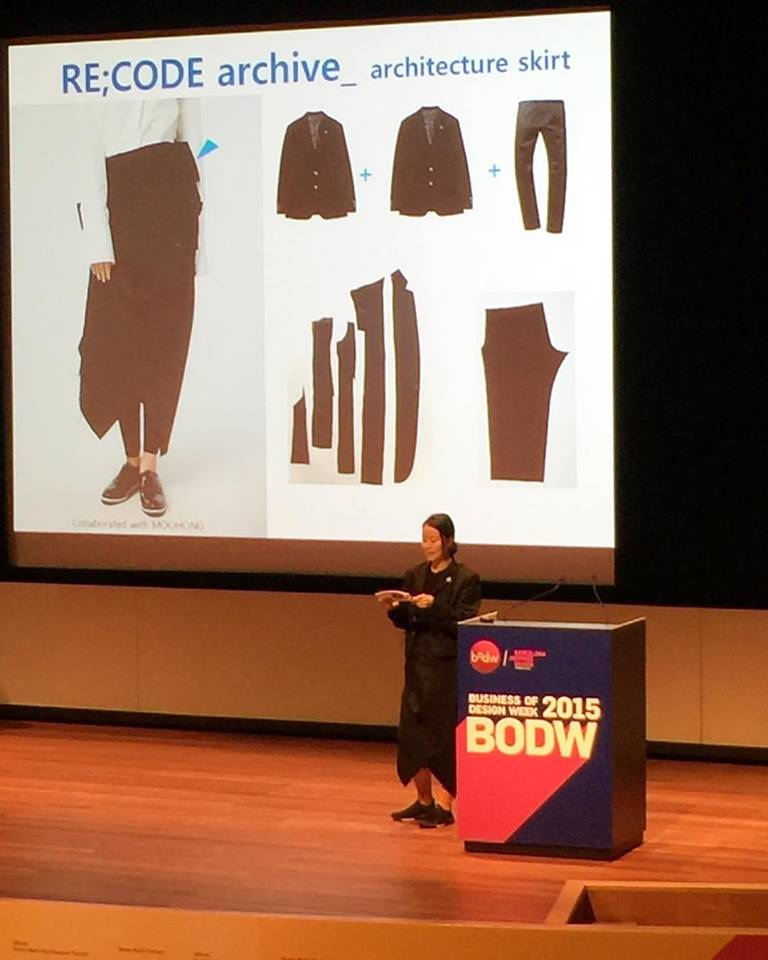 Amazing, wearable clothes from South Korean brand @recode_ (as shown by head designer Park Sun Zoo) -- they recycle and up cycle as well .. Like this really cool skirt made from old men's jackets. Nothing goes to waste. This is the way fashion should be thinking!