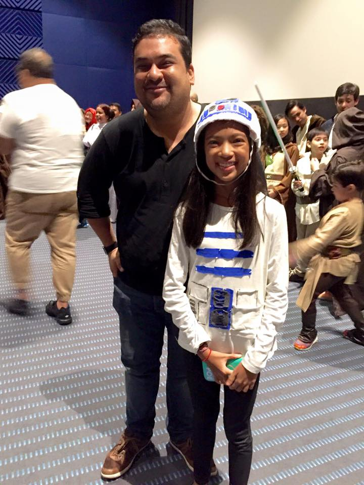 This young lady won the   ‪#‎JustJonesingForStarWars‬   Best In Costume award for making her own R2D2 costume AND CODING AN APP that makes droid sounds when you press it. AMAZING! Her prize - dinner care of Chef   Denny Antonino   over at Your Local. You're in good hands with this Jedi, little droid.