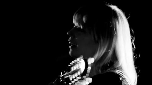 Basia Bulat - It Can't Be You (live)