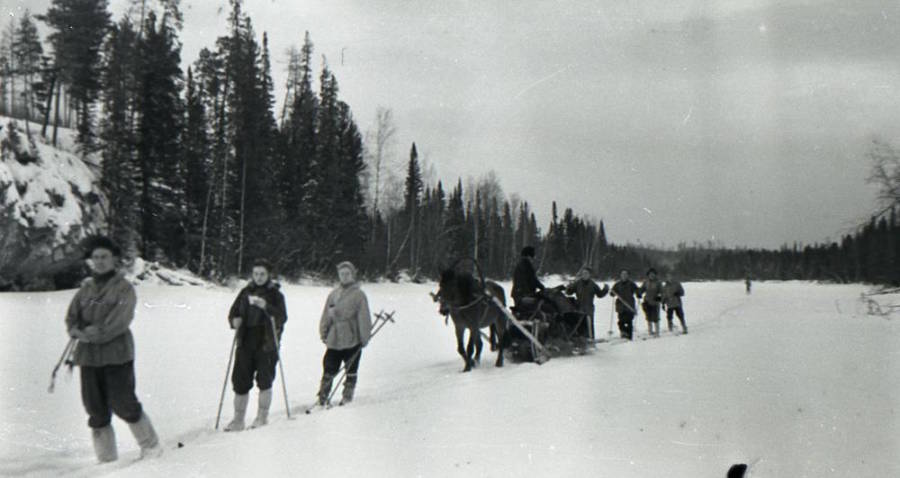 dyatlov-pass-group-camera.jpg