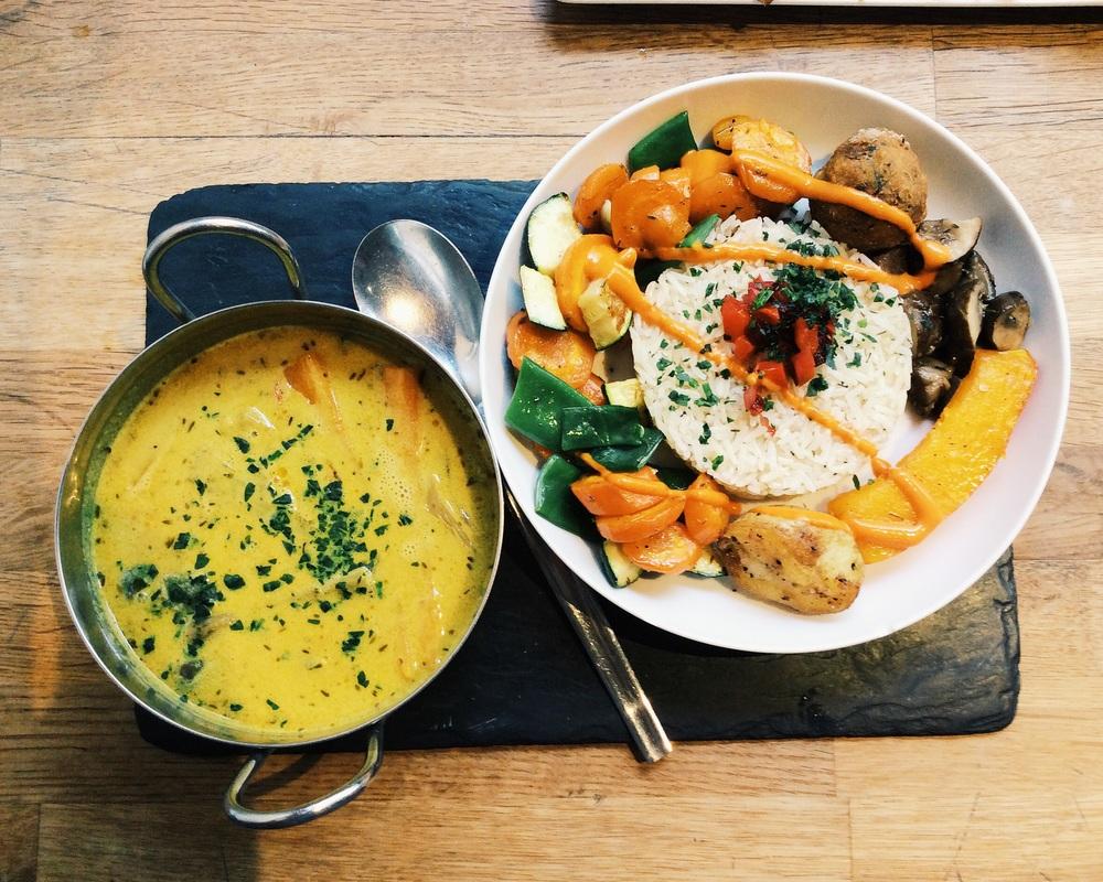 パリのヴェジタリアンレストラン Soya Cantino Bio. 美味しかったです!