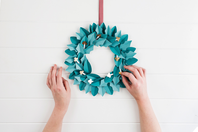 christmas_wreath_5.jpg