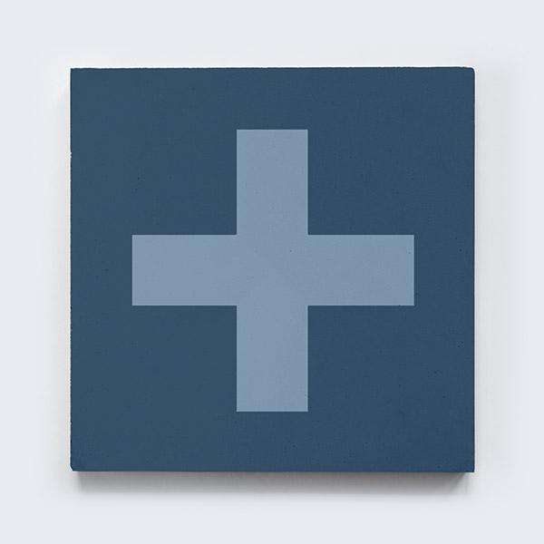 keusen_kollektion_SWISS-CROSS_blue-3.jpg