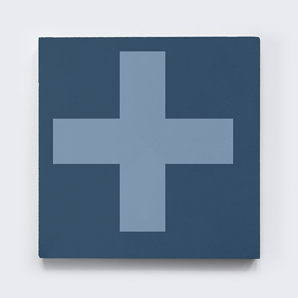 keusen_kollektion_SWISS-CROSS_blue-7.jpg