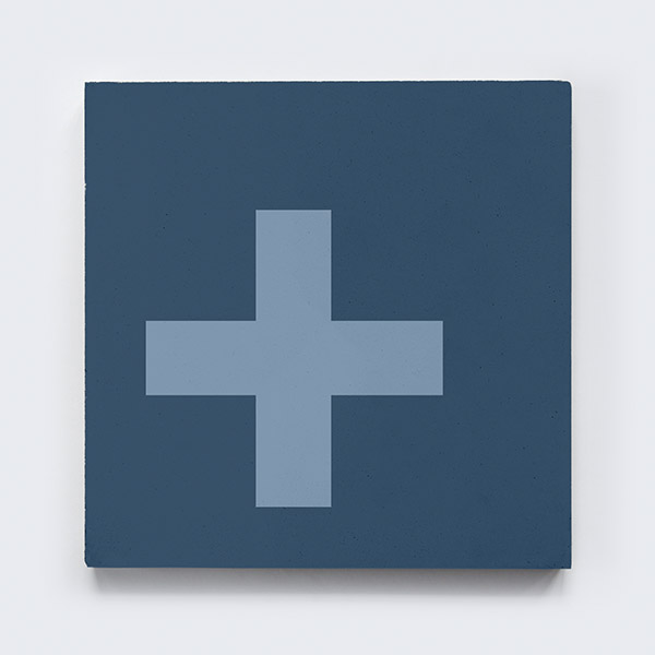 keusen_kollektion_SWISS-CROSS_blue-8.jpg