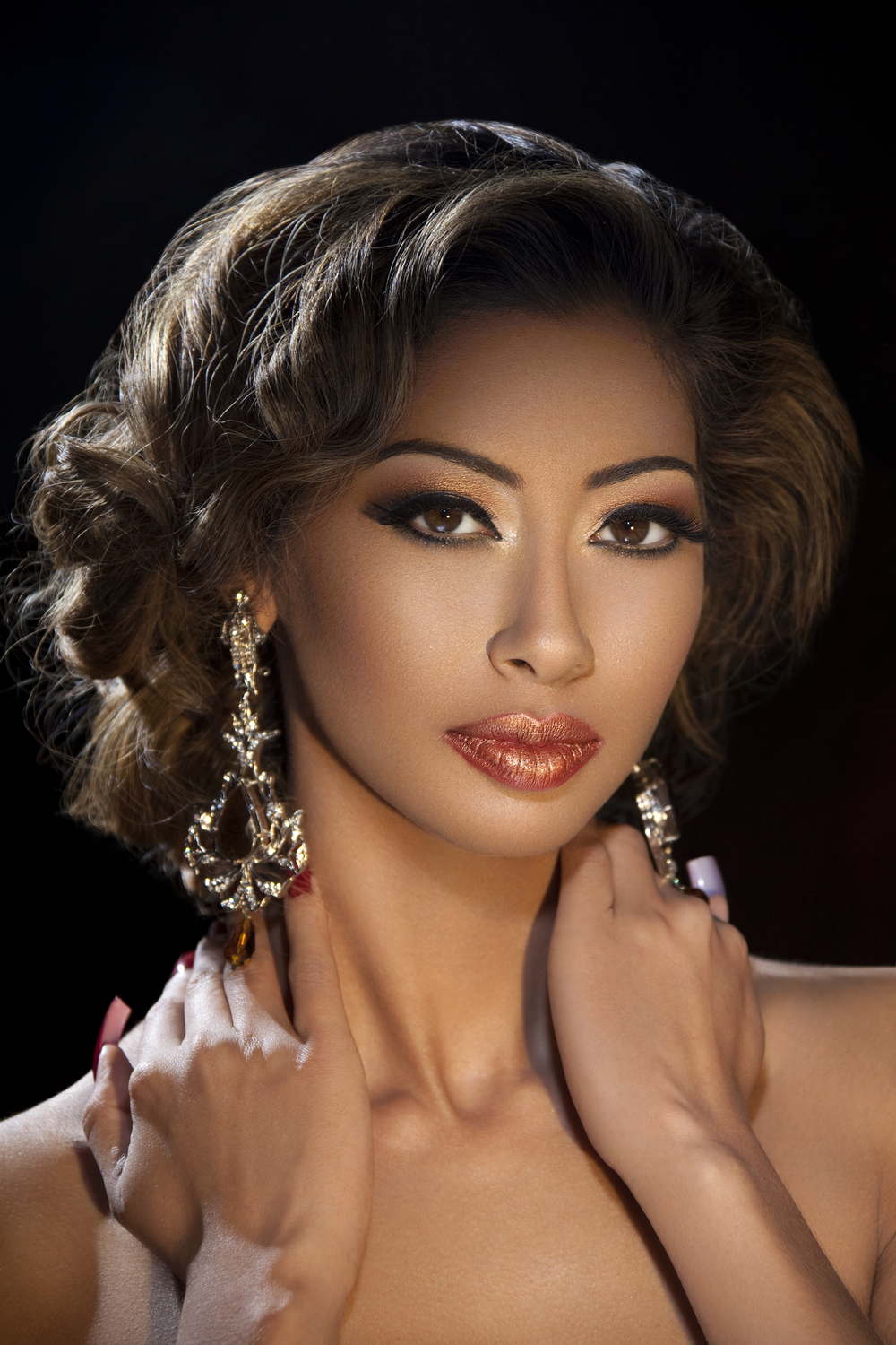 Professional Asian Bridal Hair & Makeup Course    Book Now