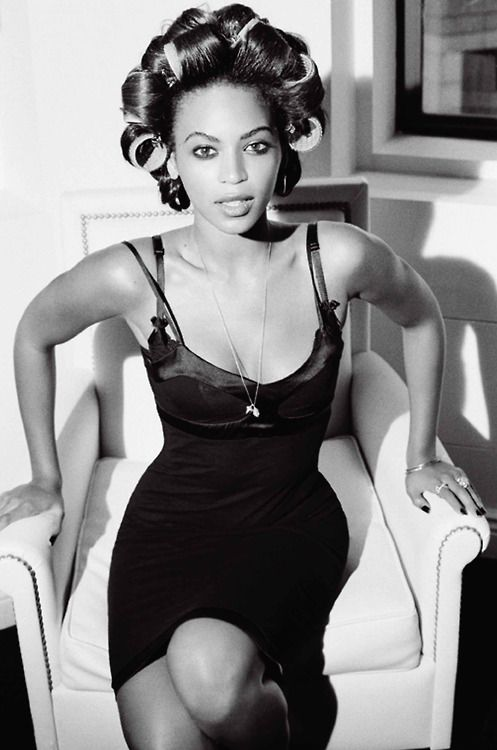65. Title Beauty Switch (image 3) Detail Beyonce Knowles-Giant Magazine thumbnail.jpg