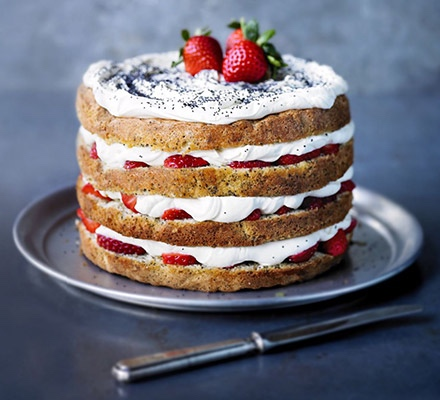 Strawberry & Poppyseed Cake