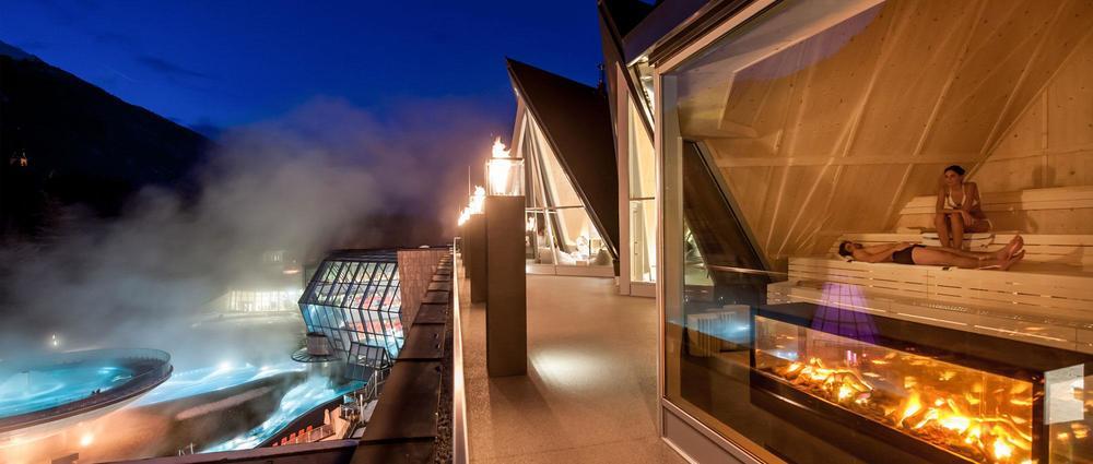 Aqua Dome Blick in Sauna.jpg