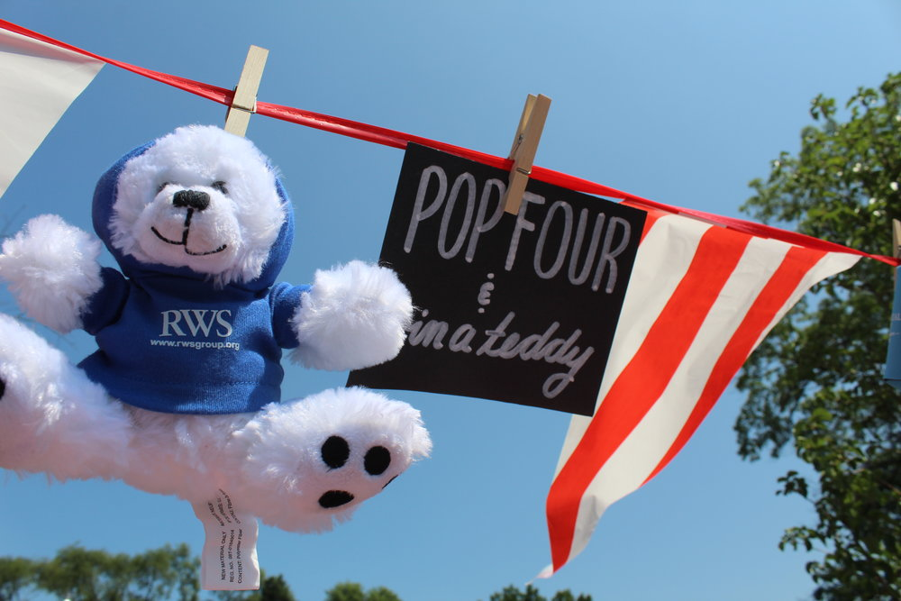 Balloon pop players could win a limited edition RWS FG teddy bear.