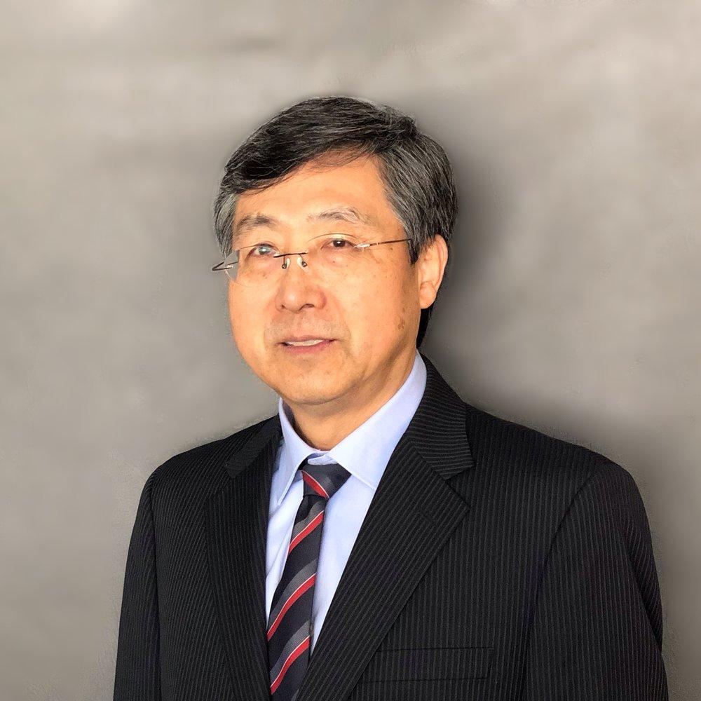 Yongyi Headshot.jpg