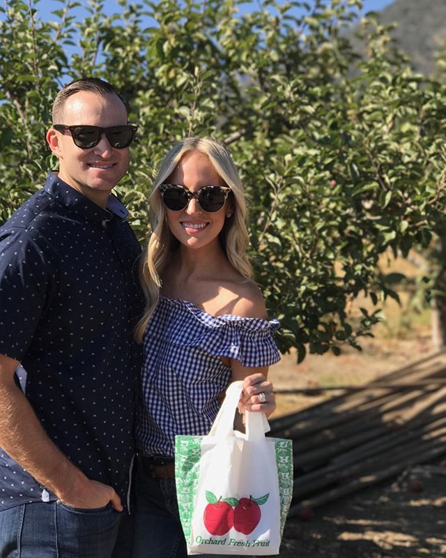 Apple pickin' with this cutie and family today! 🍎🍎🍎 http://liketk.it/2sUkH #liketkit @liketoknow.it #fall #fallfashion #applepicking