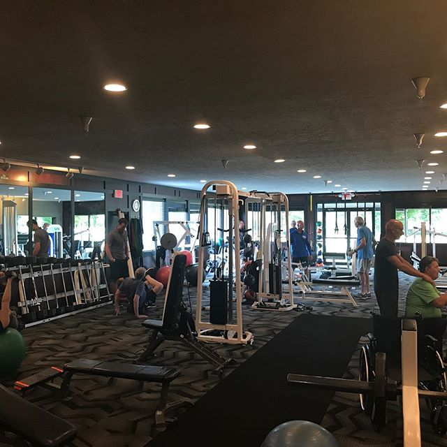 The Fitness Clinic was packed this morning! It's great to see this many people coming in early in the morning ready to improve! #igfitness #fitness #fitnessmotivation