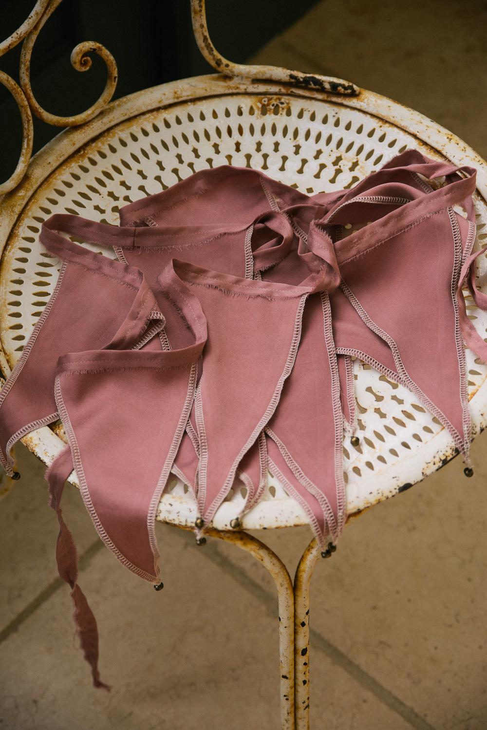 Silk bunting. - £35