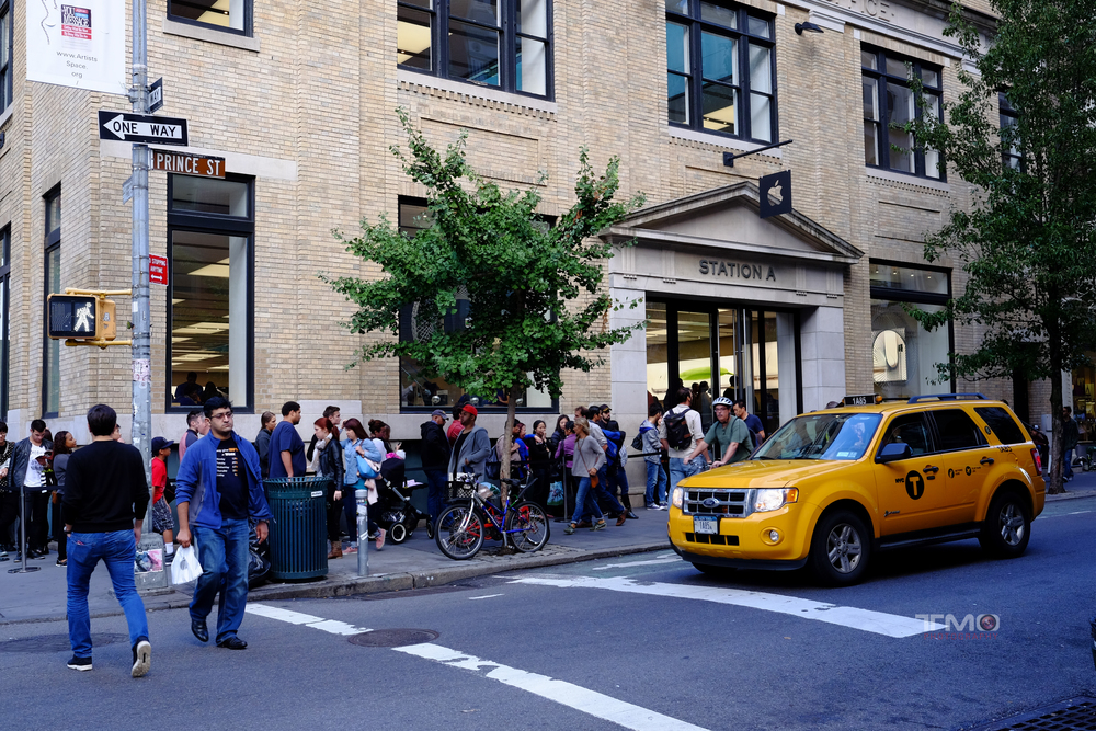 Apple Store in SoHo...waiting for the IPhone 6.