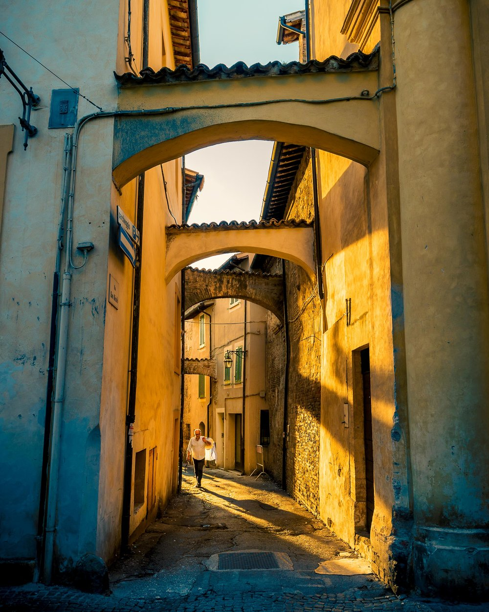 A photo from Bevagna, Italy, with some nice warm and cool tones that I wanted to emphasize.