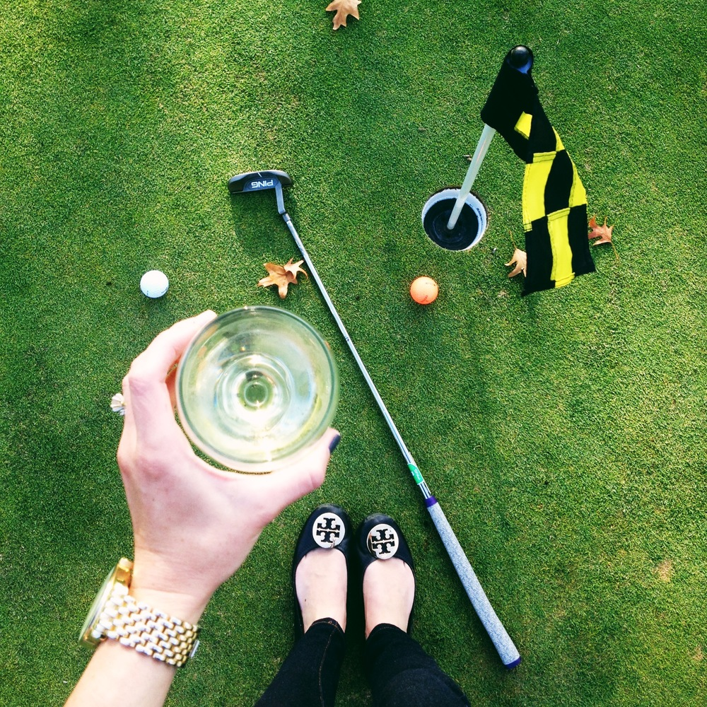 Starting Gramps' party off right...happy hour on the putting green.