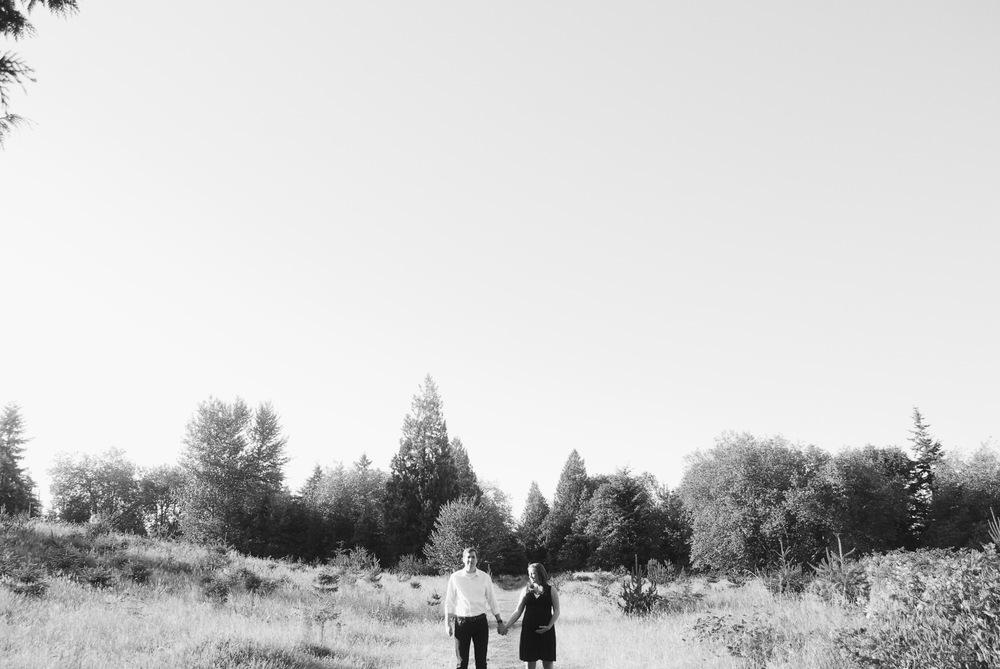 LAURA & JUSTIN MATERNITY