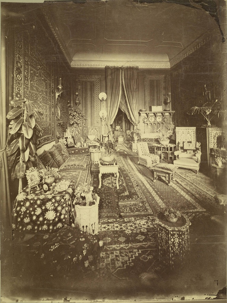 oblivionseeker :     This would do.    kebechet :     A home in Cairo. Photo ca. 1865-ca. 1889.