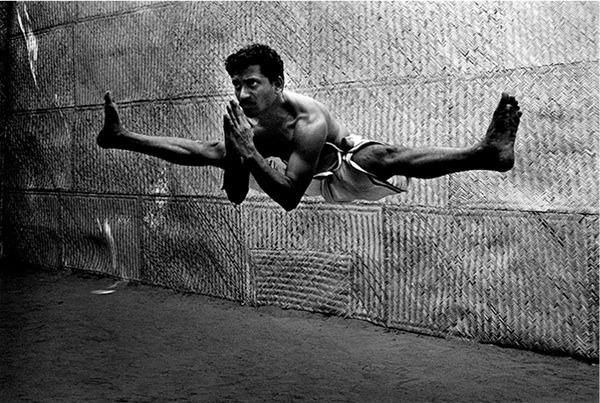 tpmremix :     Atleta yogui, de  Tomasz Gudzowaty