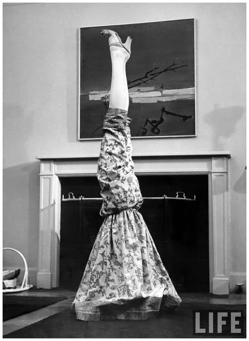 Post Thanksgiving meal, this is where I'll be. I'm longing for a silk dress/pantaloons combo like this - perfect for hibernating.   Found on the always inspiring  Rachel Johnson Yoga  site.