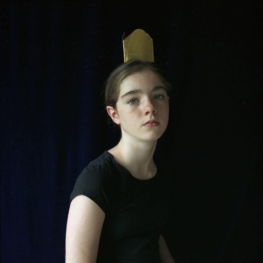 Quinn, Paper Crown