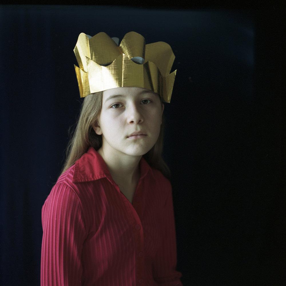 Reanna, Paper Crowns