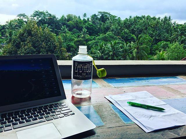 That office life 🙌🏼. #beunsettledbali2017 #remoteworking