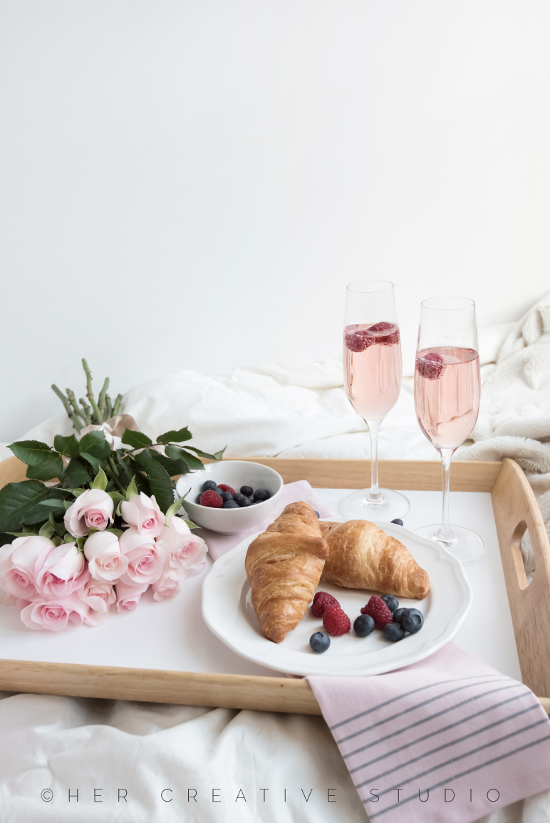Breakfast-in-bed-2-IE.jpg