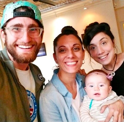 Visiting with my favorite D.C. Family, @bendroz, @katieballoons and #LilBalloons, who is in town from NYC. #howcuteisthisbaby #ilovemyfriendskids
