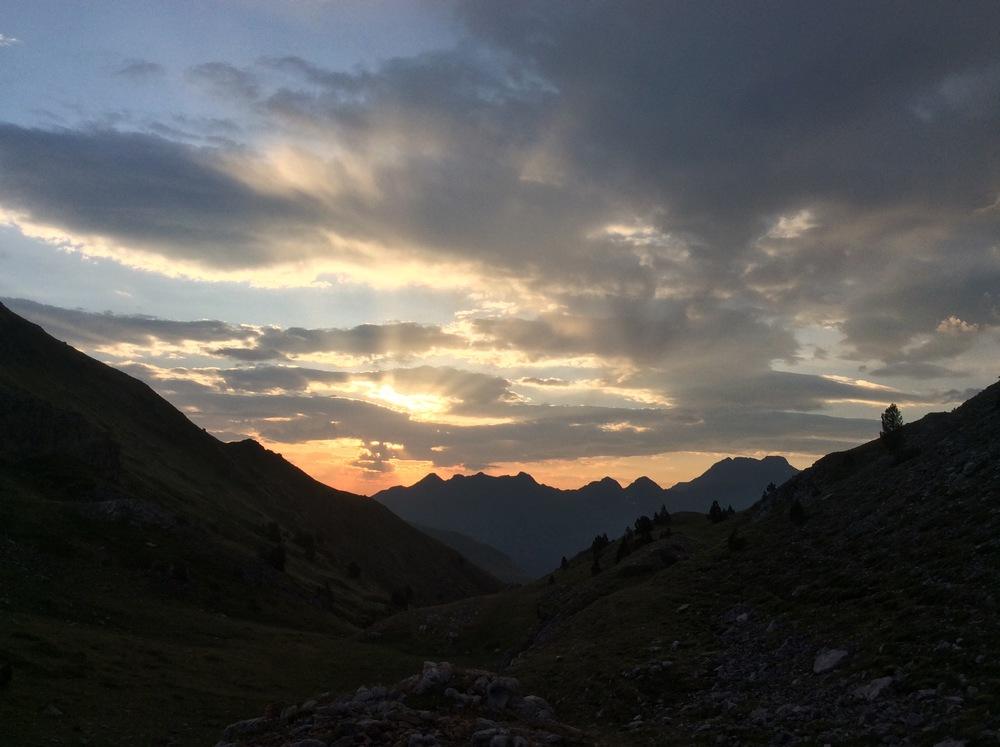 Sunrise to the east of Salardú