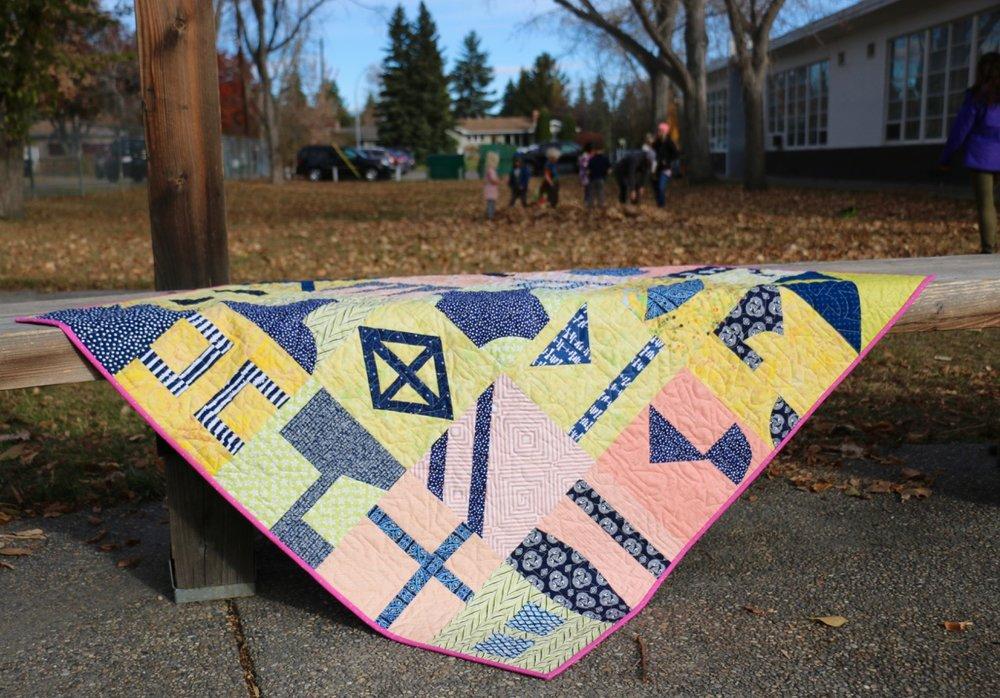 Improvisational quilt pattern Lilla Quilt