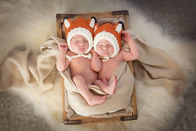 Sweet little Fall Boys. #twinnewbornphotography #kimrobbinsphotographer #twins