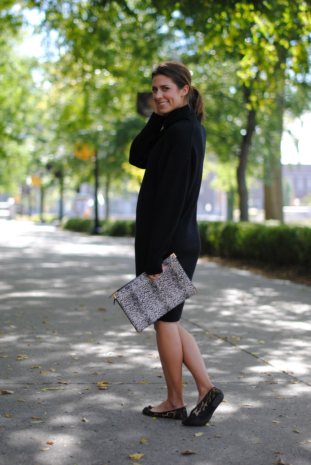Sweater dress Zara clutch (sold out), alternative here (much higher in price, but it's the only good alternative I could find) Leopard flats (super old!), alternative here, love these