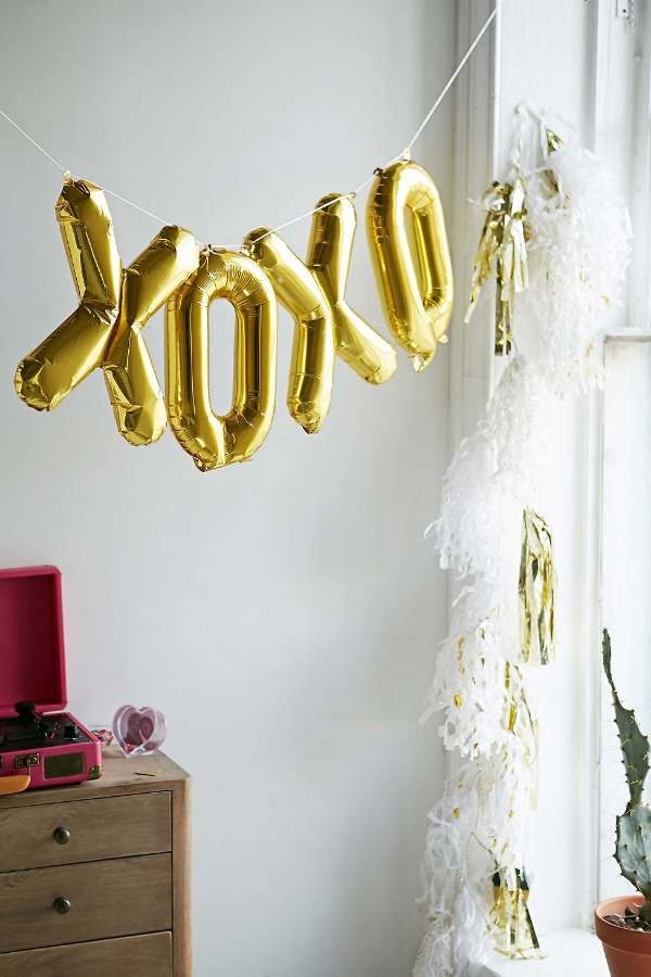 Northstar xoxo balloon kit via urban outfitters