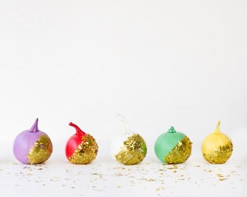 Confetti-Dipped-Pumpkins-DIY-600x399.jpg