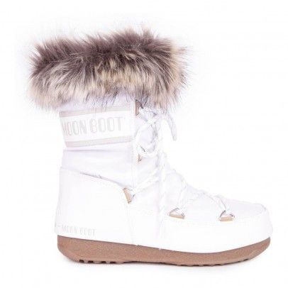 We Monaco Low Moon Boot in White via  Smallable