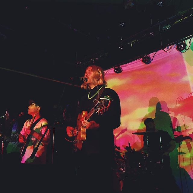 Last night was one for the books // We love playing music for you 💛 s/o to all the homies for coming out @carolinedeekerr @zoekahn @davechapaitis @nisharp @tractortavern and everyone else who's handle I can't remember 😘 // 📷x @zoekahn // #ballard #tractortavern #psychedelic #psycherock
