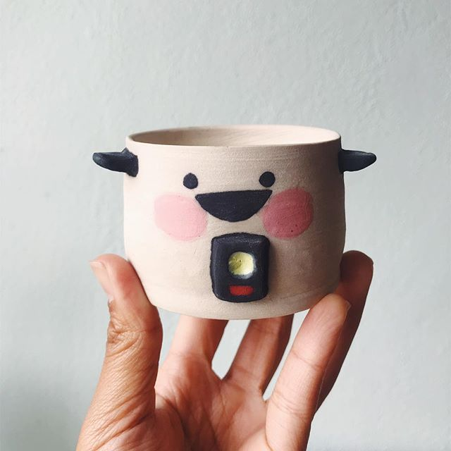 Open studio this Friday night for the last @jtownartwalk of the summer! This little guy and a couple other ceramic pieces will be for sale too! I only have a few rice cooker pots available. Don't worry—I'll make more as soon as I get over my jetlag 😅 ❤️ LPE studio open 4pm-8pm ish, 224 Jackson St, upstairs above Tsugaru sushi.