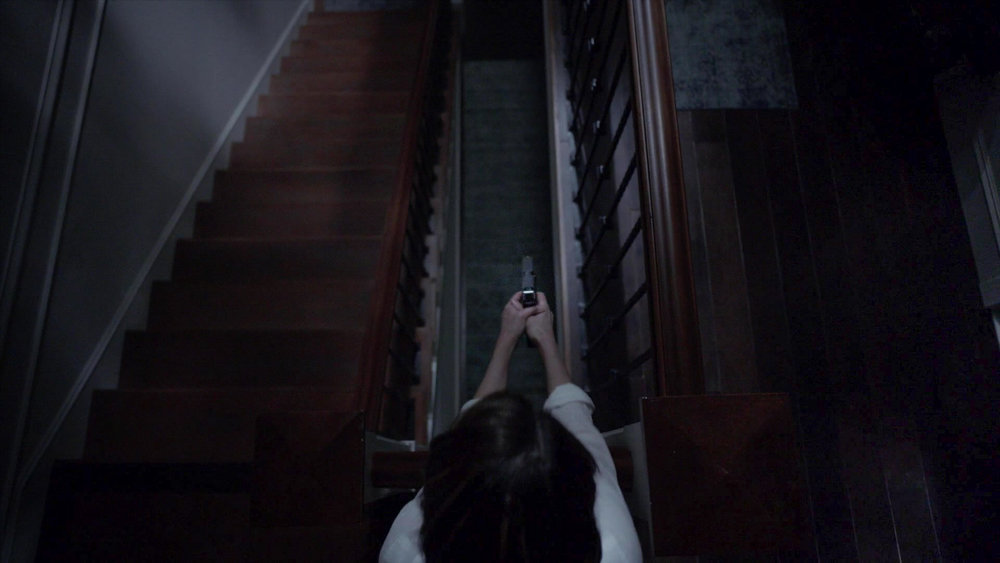 American_Horror_Story_S07E02_Don_t_Be_Afraid_of_the_Dark_1080p_KISSTHEMGOODBYE_NET_2670-LRCC-v1.jpg