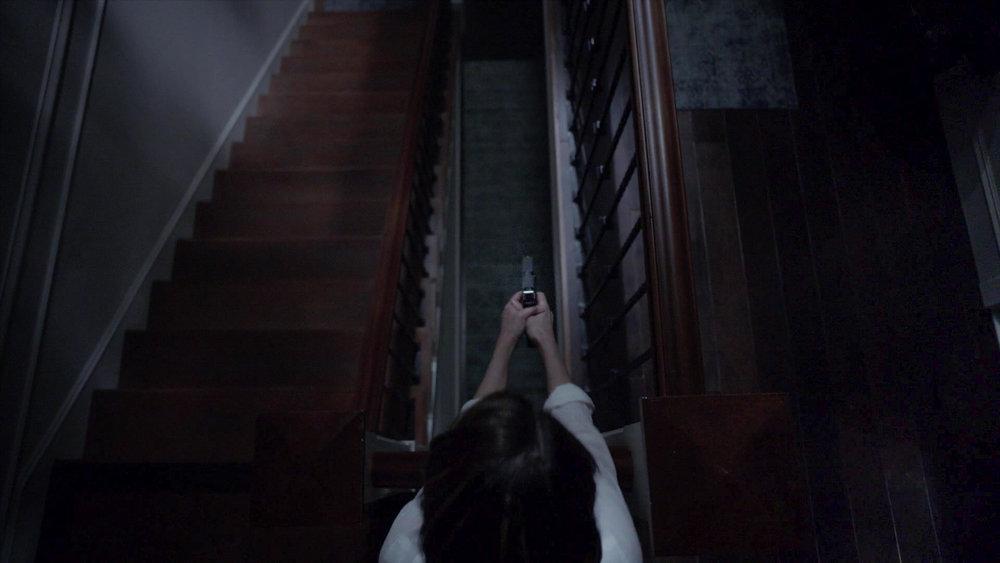 American_Horror_Story_S07E02_Don_t_Be_Afraid_of_the_Dark_1080p_KISSTHEMGOODBYE_NET_2670-LRCC-v1.jpg