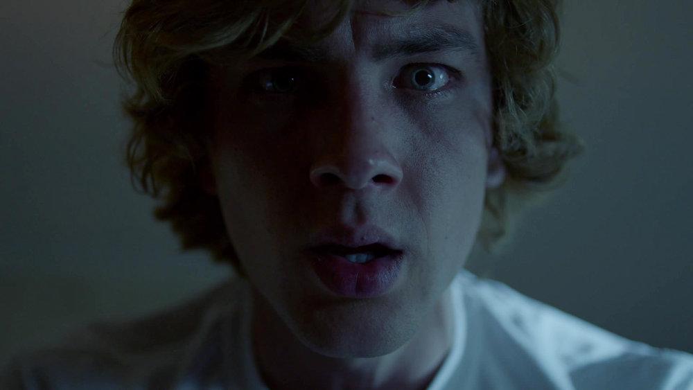 American_Horror_Story_S08E06_kissthemgooodbye_net_1612-LRCC.jpg