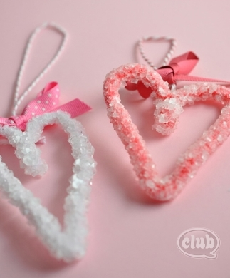 How to Make Heart Borax Crystals at  Club Chica Circle