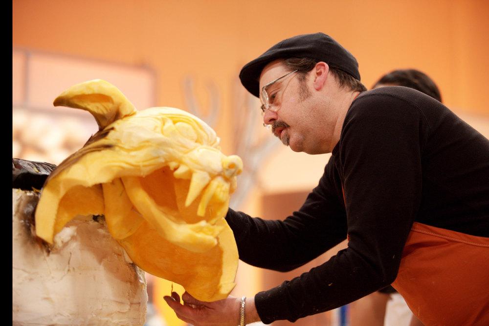 Jonathan Carving On Halloween Wars